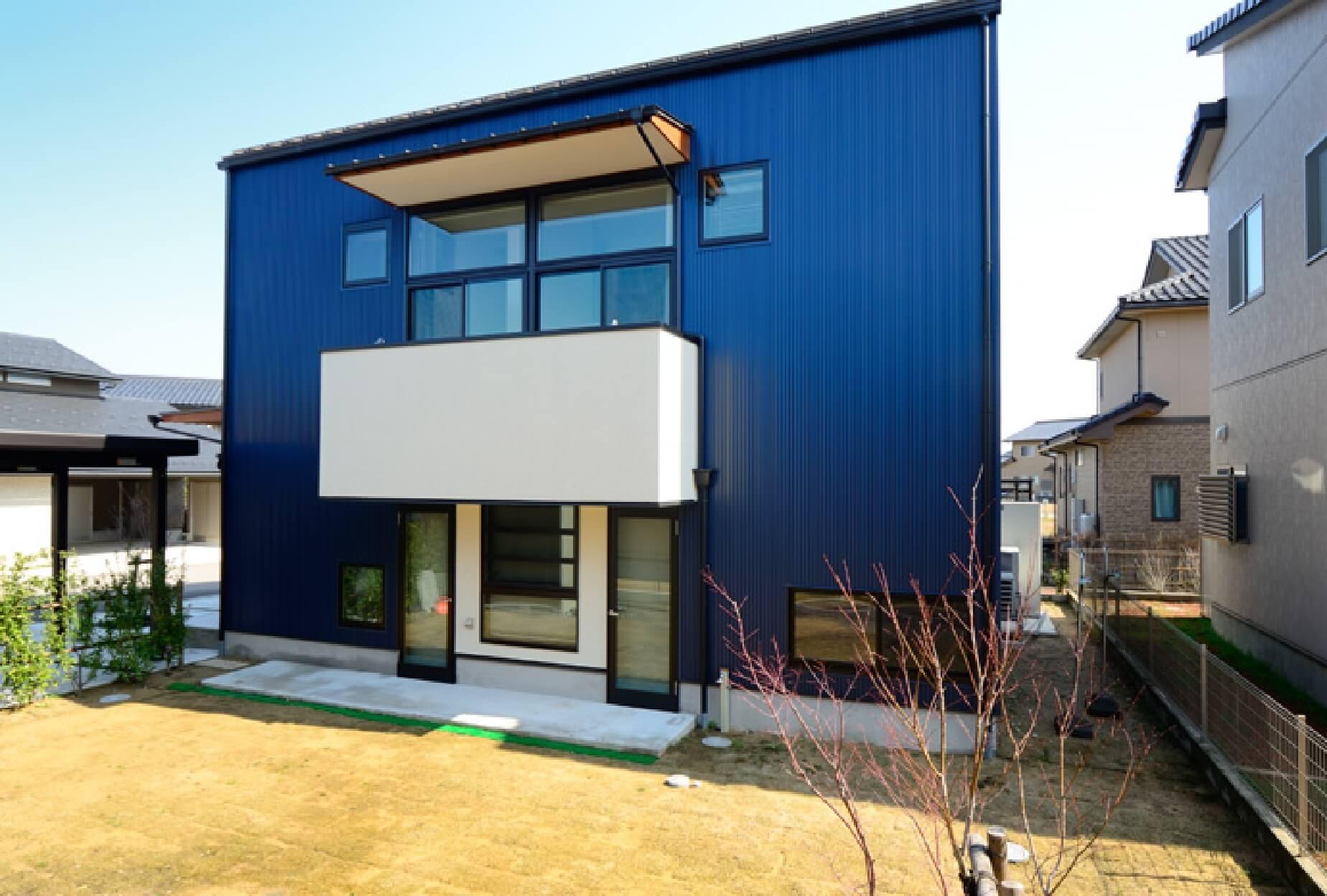 M-T House