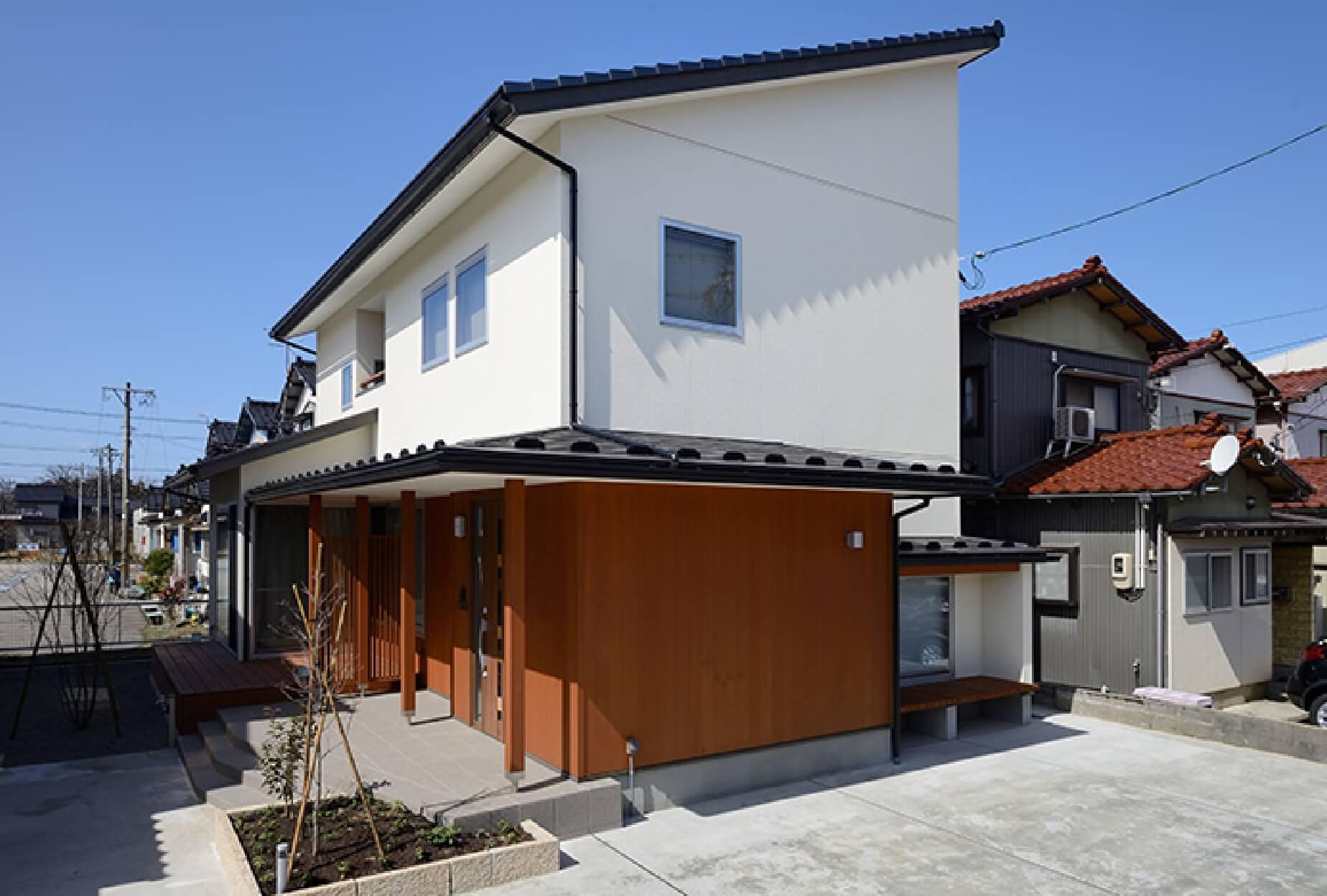 S-M House